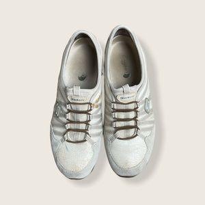 Pre-Loved Sketchers Sport Off White Sneakers Sz 9